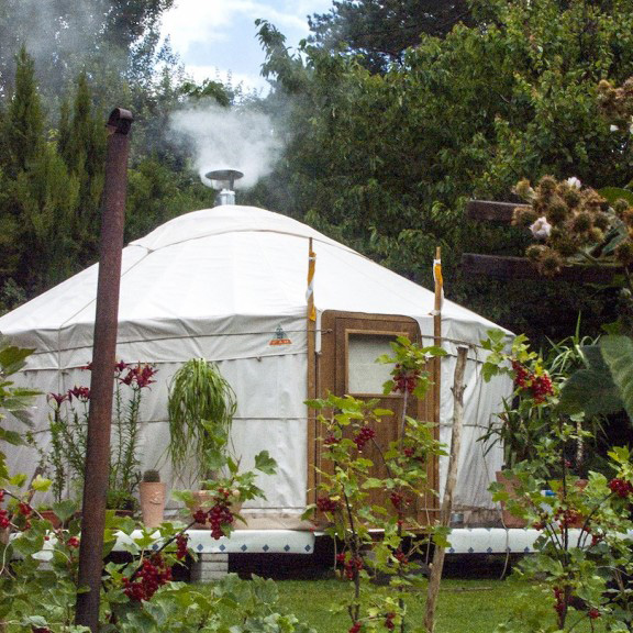 Yurts_overview_info_zeltwelt. Ch.